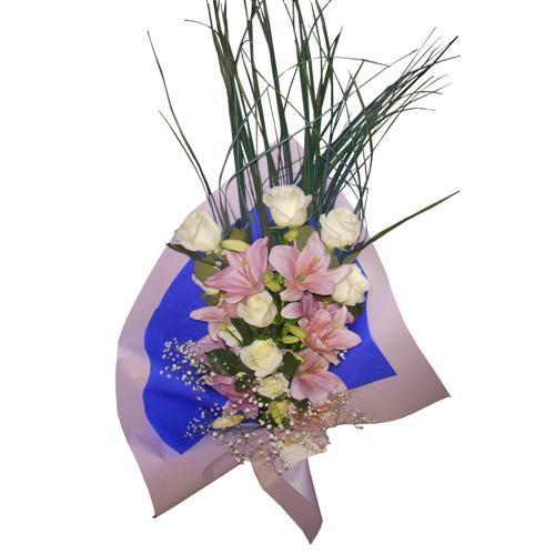 Envio de Rosas , Rosas Blancas con Liliums