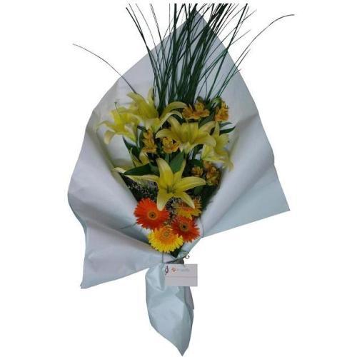 Envio de Flores , Ramo de Flores variadas y Muy lindo