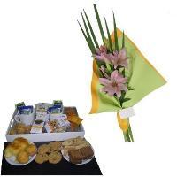 desayunos con ramo de flores